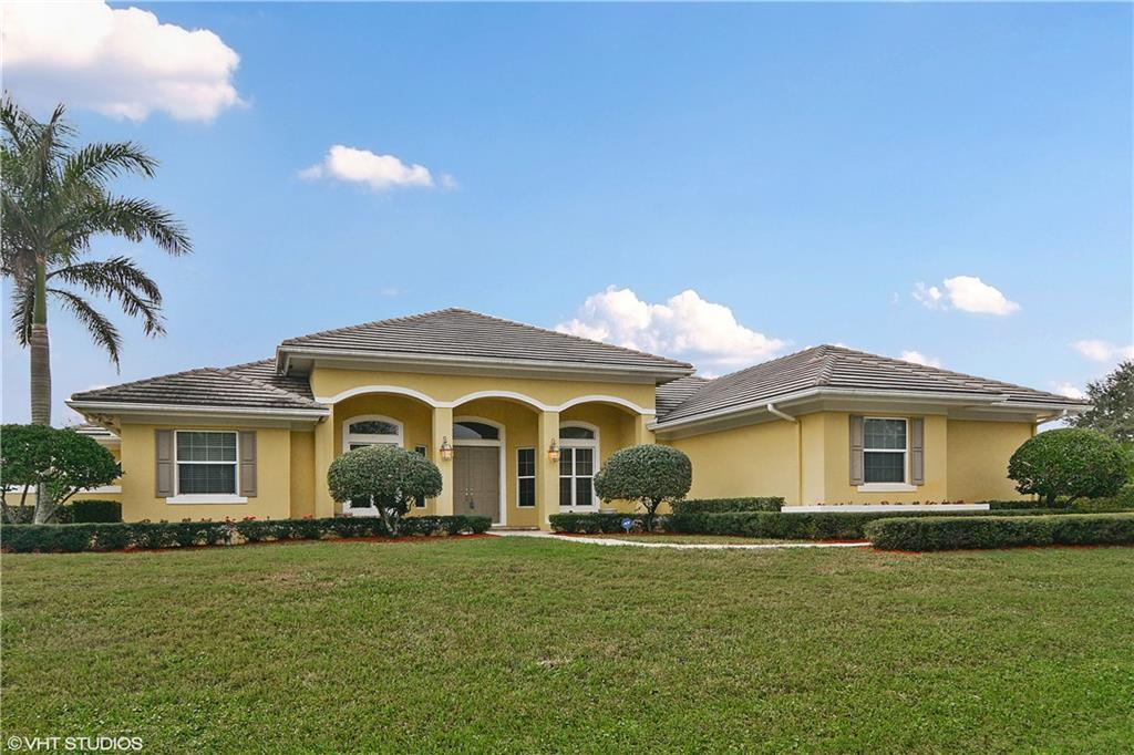 4952 SW Lake Grove Circle, Palm City, FL 34990
