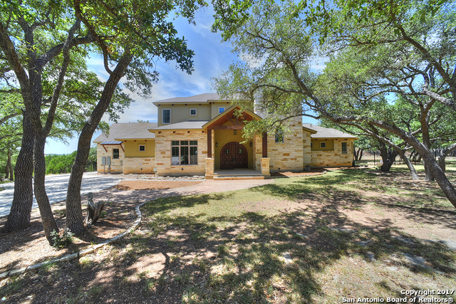 1313 Ensenada Dr, Canyon Lake, TX 78133