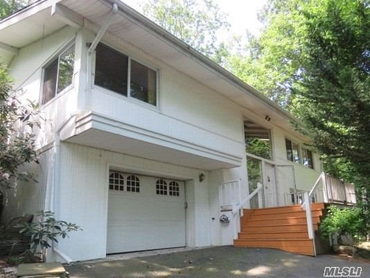 4 Glen Way, Cold Spring Hrbr, NY 11724