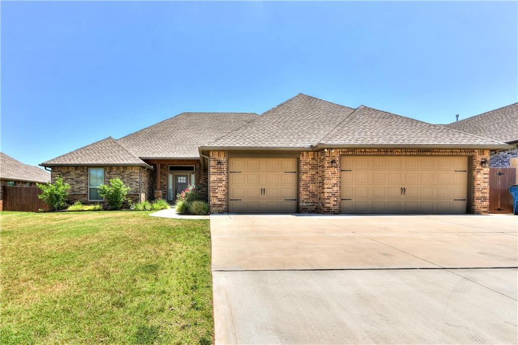 13140 Chinkapin Oak Place, Choctaw, OK 73020