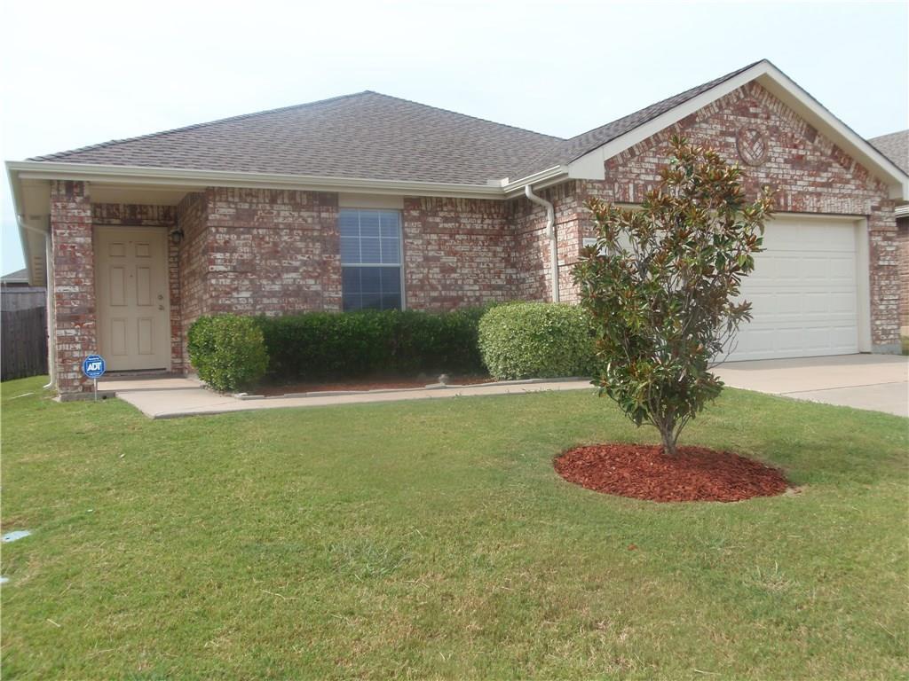 1424 Whitewater Drive, Little Elm, TX 75068