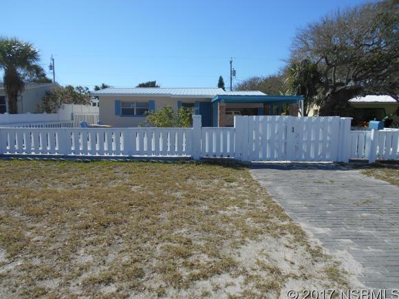 811 24th Ave, New Smyrna Beach, FL 32169