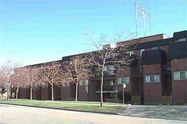1395 Williamsport Dr 372, Mississauga, ON L4X 2T4