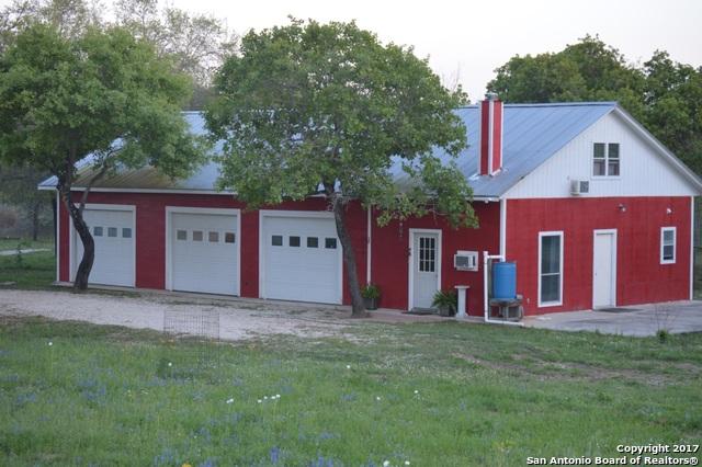 224 County Road 789, Natalia, TX 78059