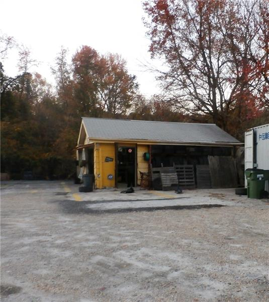 3585 Roosevelt Highway, Atlanta, GA 30349