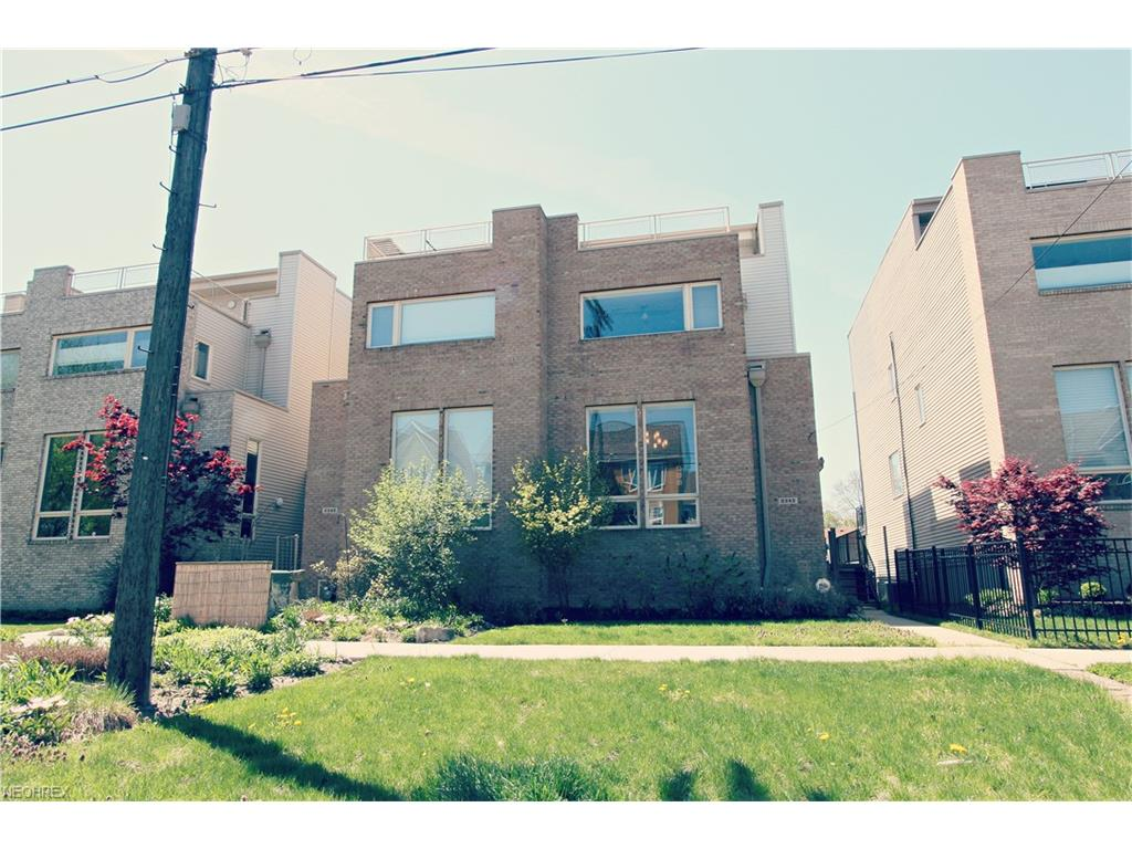 2242 W 5th St, Cleveland, OH 44113