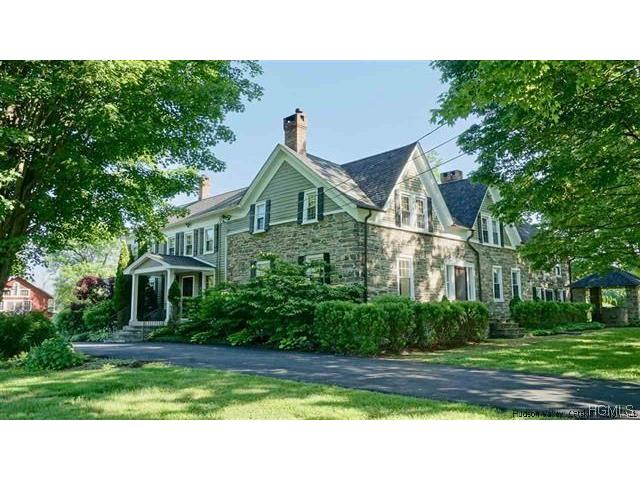 541 Route 32 South, New Paltz, NY 12561
