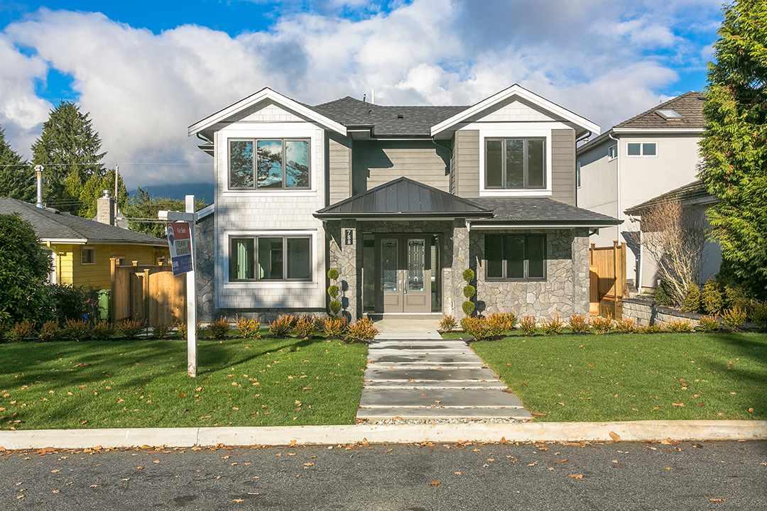788 E 10TH STREET, North Vancouver, BC V7L 2G1