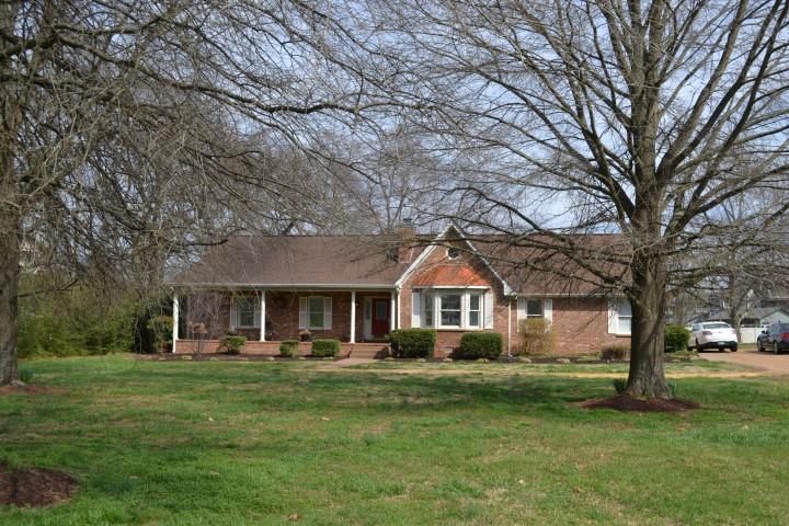 601 Gresham Ln., Murfreesboro, TN 37129