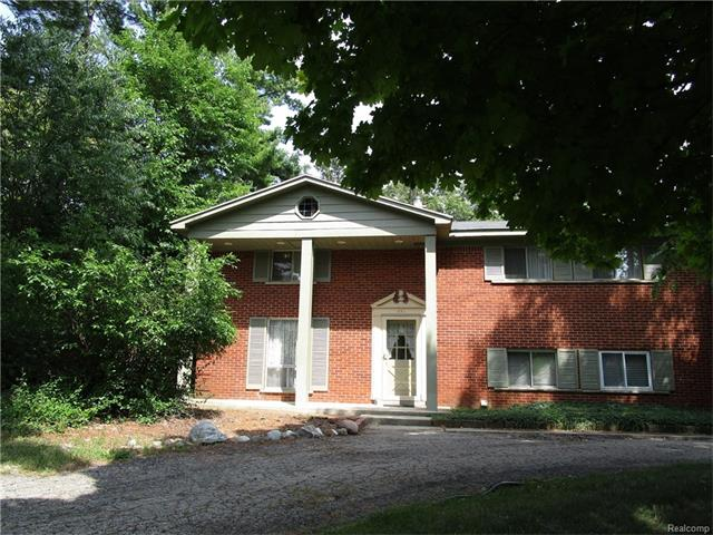 735 LEINSTER Road, Rochester Hills, MI 48309
