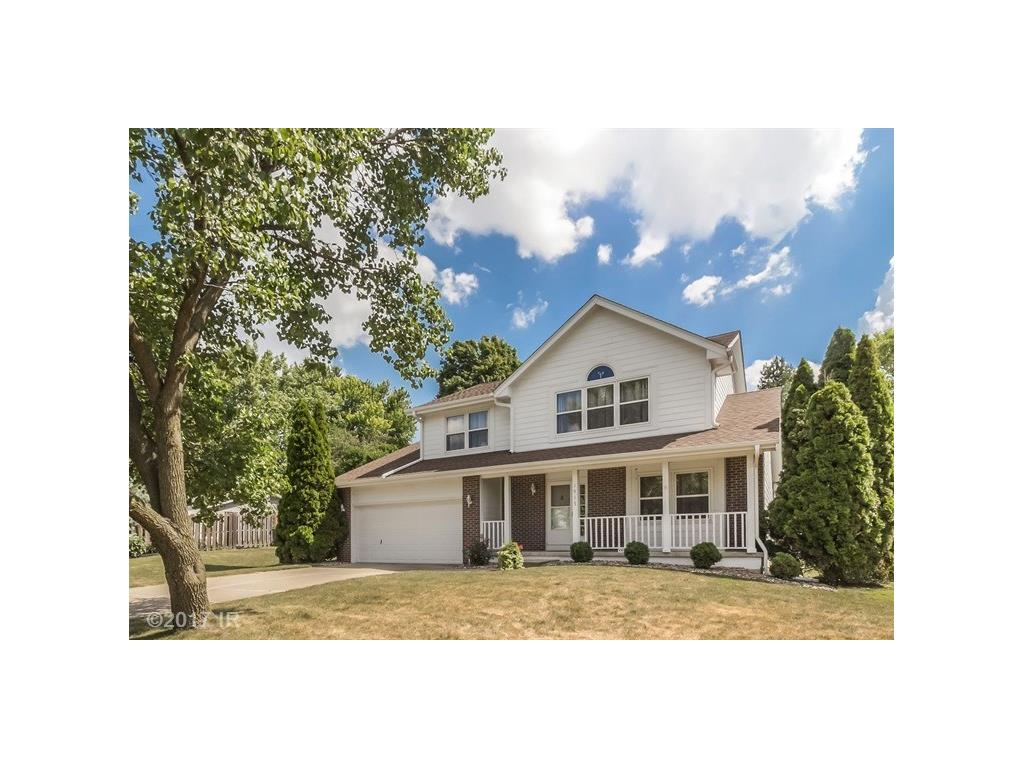 1915 NW 90th Street, Clive, IA 50325