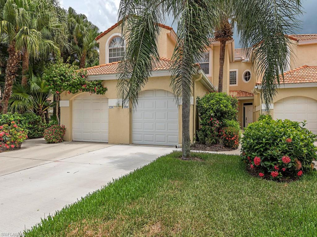 61 Silver Oaks CIR 12101, NAPLES, FL 34119