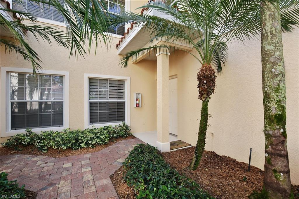 6180 Reserve CIR 202, NAPLES, FL 34119