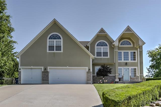 2804 SW Twincreek Court, Blue Springs, MO 64015