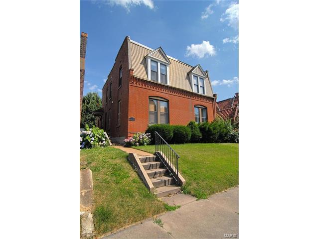 6738 Vermont Avenue, St Louis, MO 63111