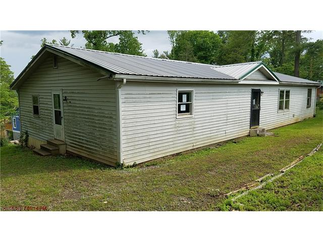 3663 Bull Creek Road, Marshall, NC 28753