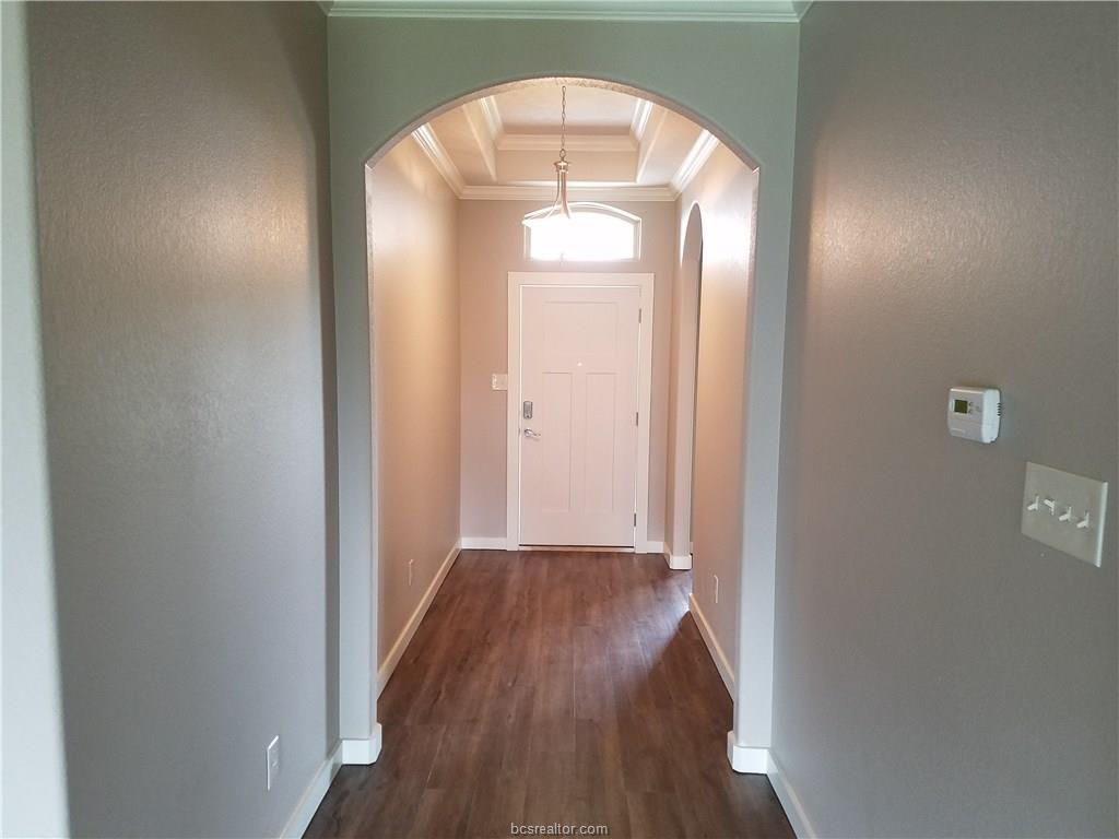 3208 Peterson Way, Bryan, TX 77802