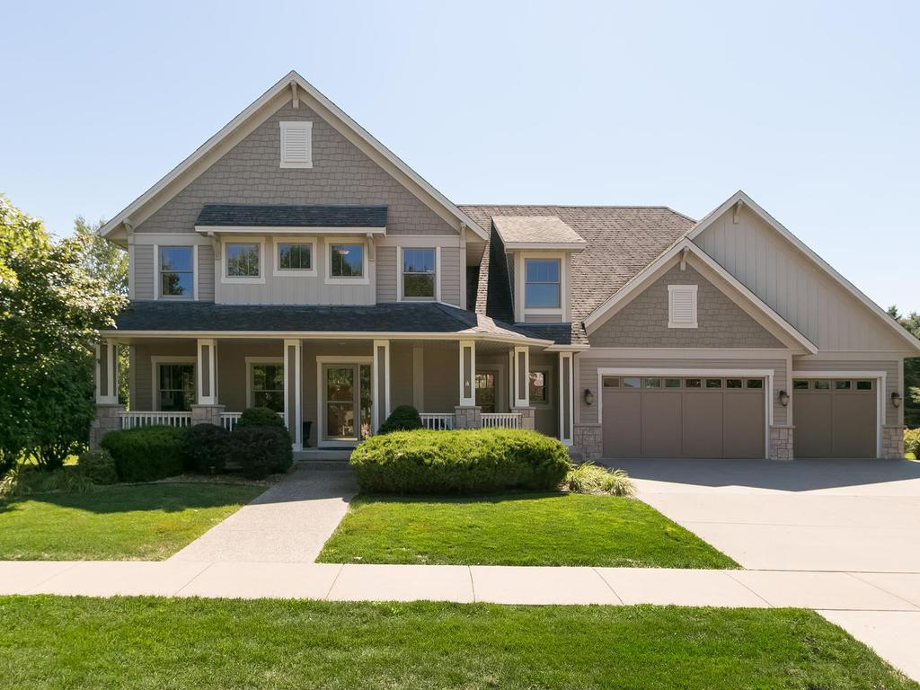 1359 Clearwater Drive, Woodbury, MN 55129