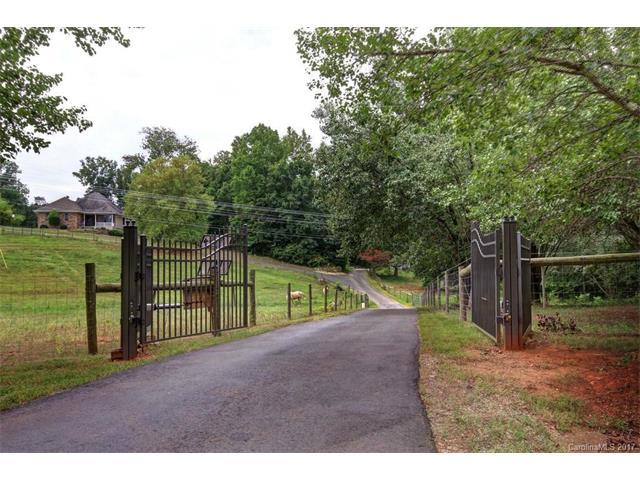130 Brookstone Lane, Mooresville, NC 28115