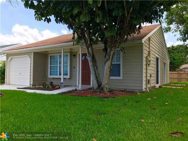 11169 S Terradas Ln, Boca Raton, FL 33428