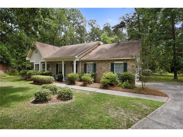 719 EDINBURGH Court, Mandeville, LA 70448