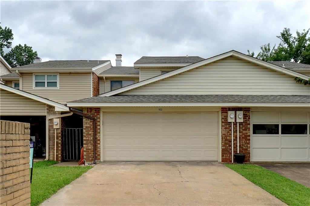 922 Shady Creek Lane, Bedford, TX 76021