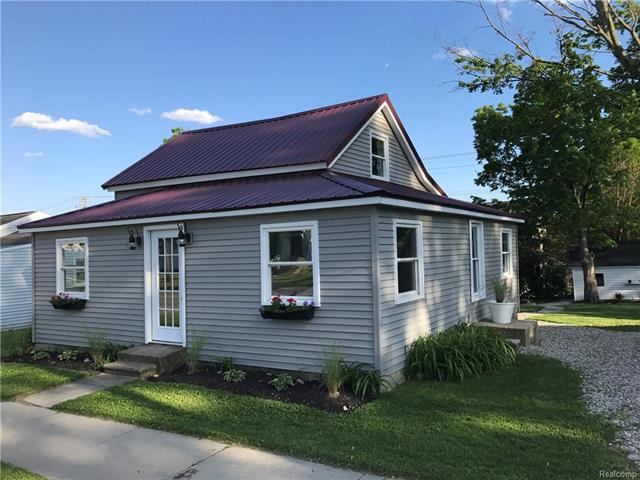 65 W HIGH Street S, Metamora Vlg, MI 48455