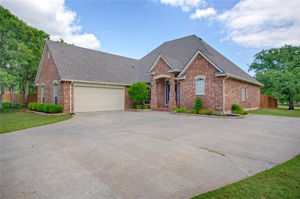 5512 PANTHER Cove, Newalla, OK 74857