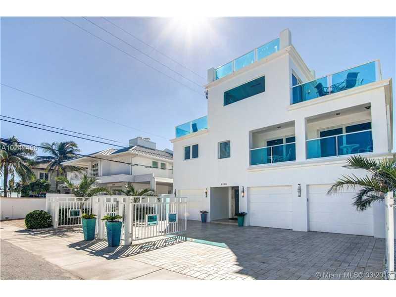 3328 NE 16th Ct, Fort Lauderdale, FL 33305