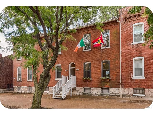1222 Russell, St Louis, MO 63104