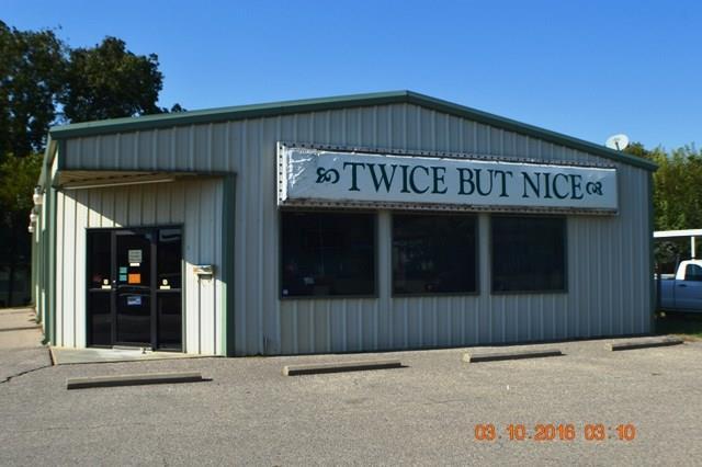 800 N Hinckley, Holdenville, OK 74848