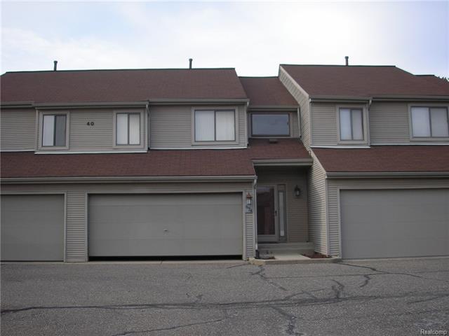 674 CAMDEN CRT, Rochester Hills, MI 48307