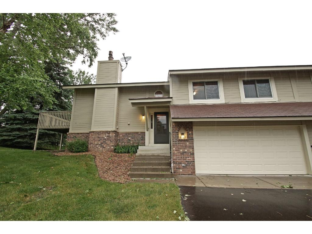 8543 Xenium Lane N, Maple Grove, MN 55369
