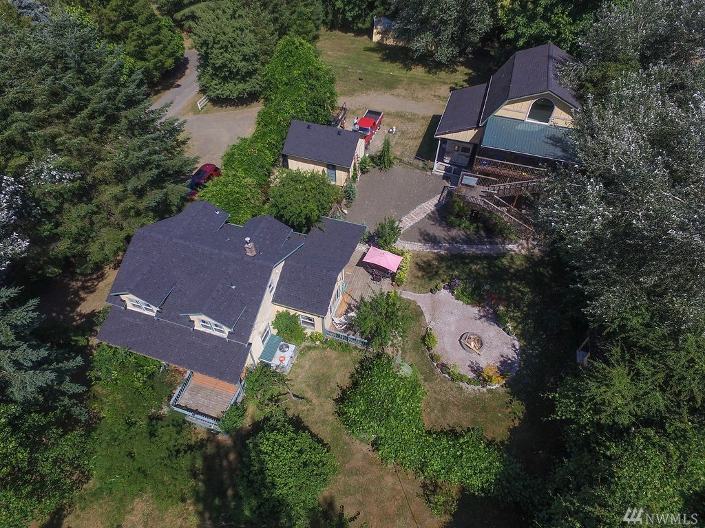 10607 NW Crescent Valley Dr, Gig Harbor, WA 98332