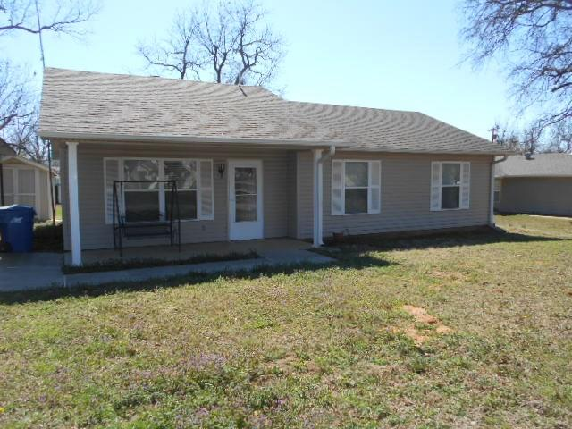307 E 5th, Davenport, OK 74026