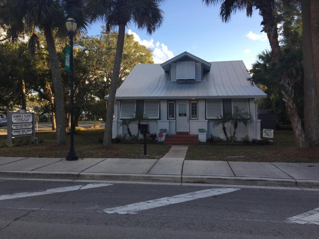 903 Delaware Avenue, Fort Pierce, FL 34950