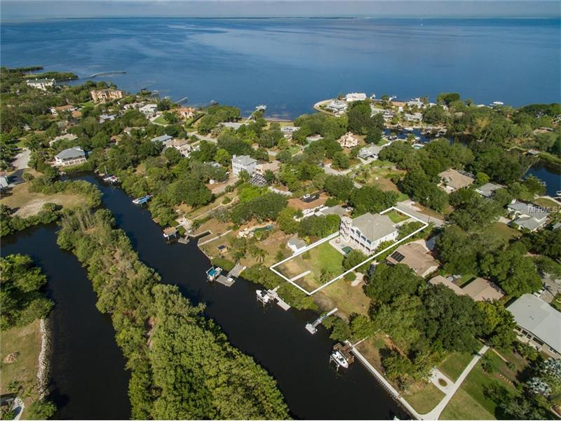 3208 BLUFF BOULEVARD, HOLIDAY, FL 34691