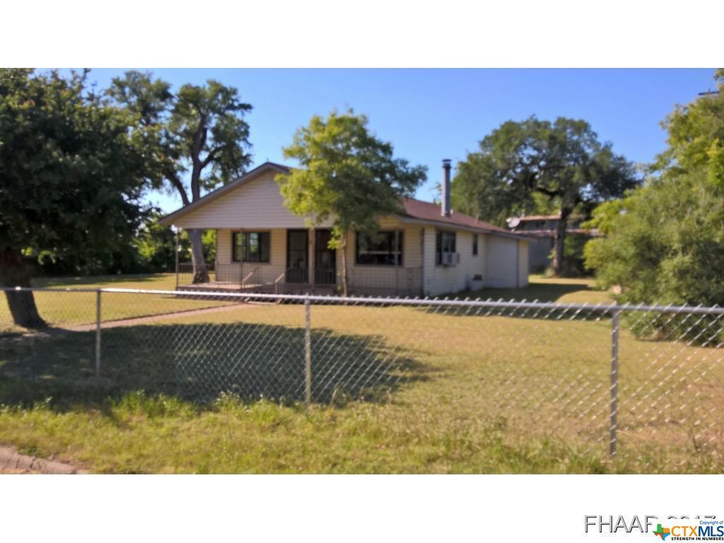 301 N 19th Street, Gatesville, TX 76528
