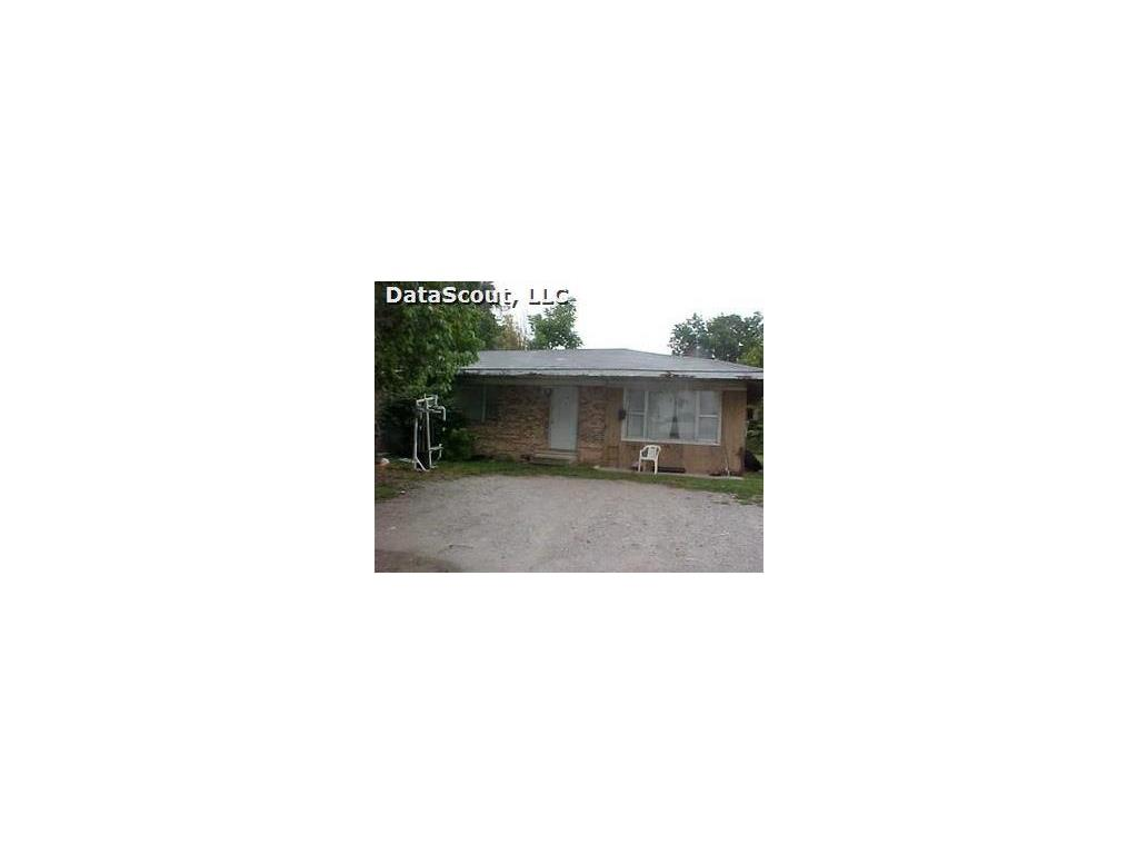 106 Olive St E, Green Forest, AR 72638