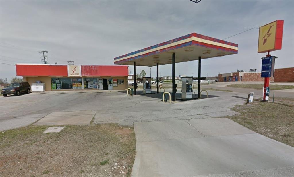 10 N Kimbell, Yukon, OK 73099