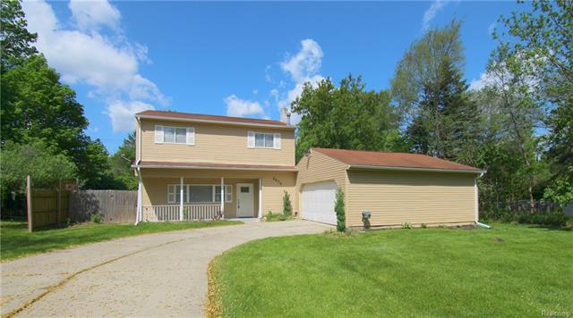 3570 EMMONS Avenue, Rochester Hills, MI 48307