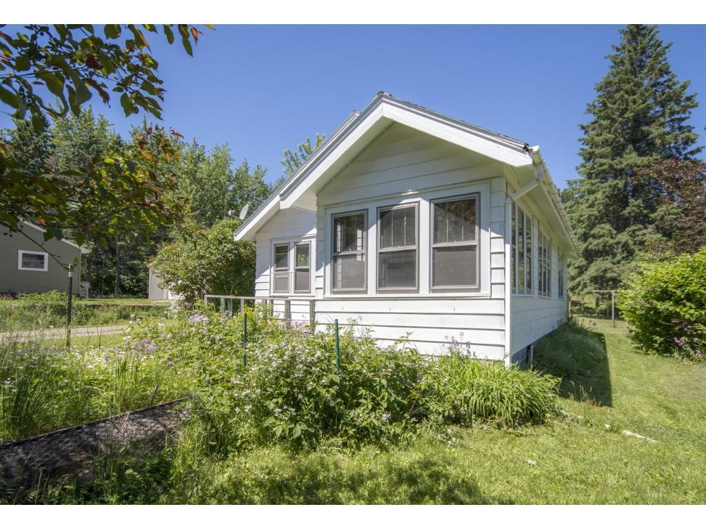 701 Maple Grove Road, Duluth, MN 55811