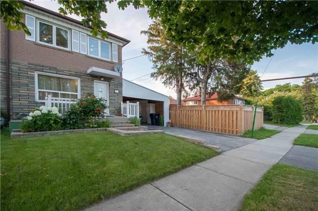 100 Dorcot Ave, Toronto, ON M1P 3K6
