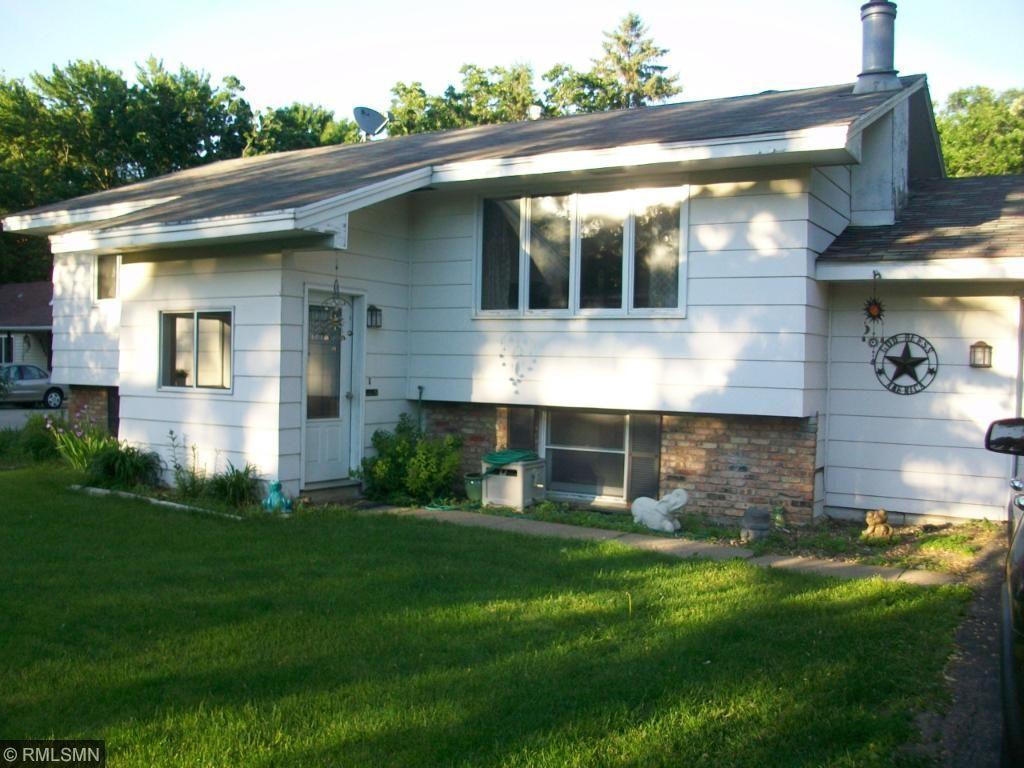 8461 Spring Lake Road, Mounds View, MN 55112