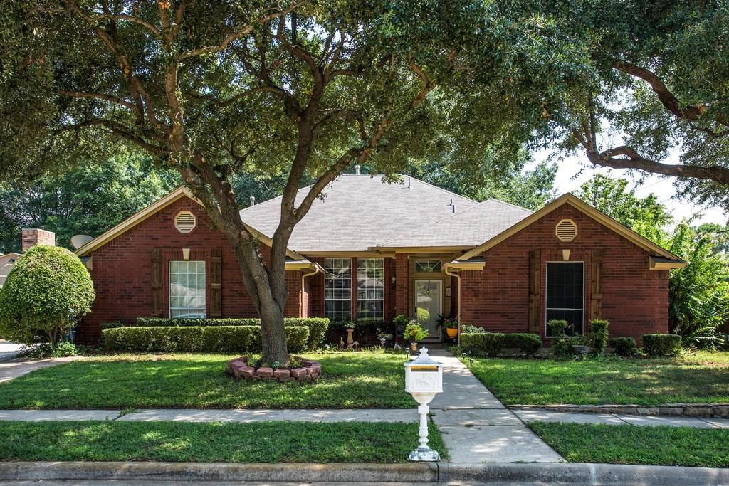 2645 Surrey Woods Road, Flower Mound, TX 75028