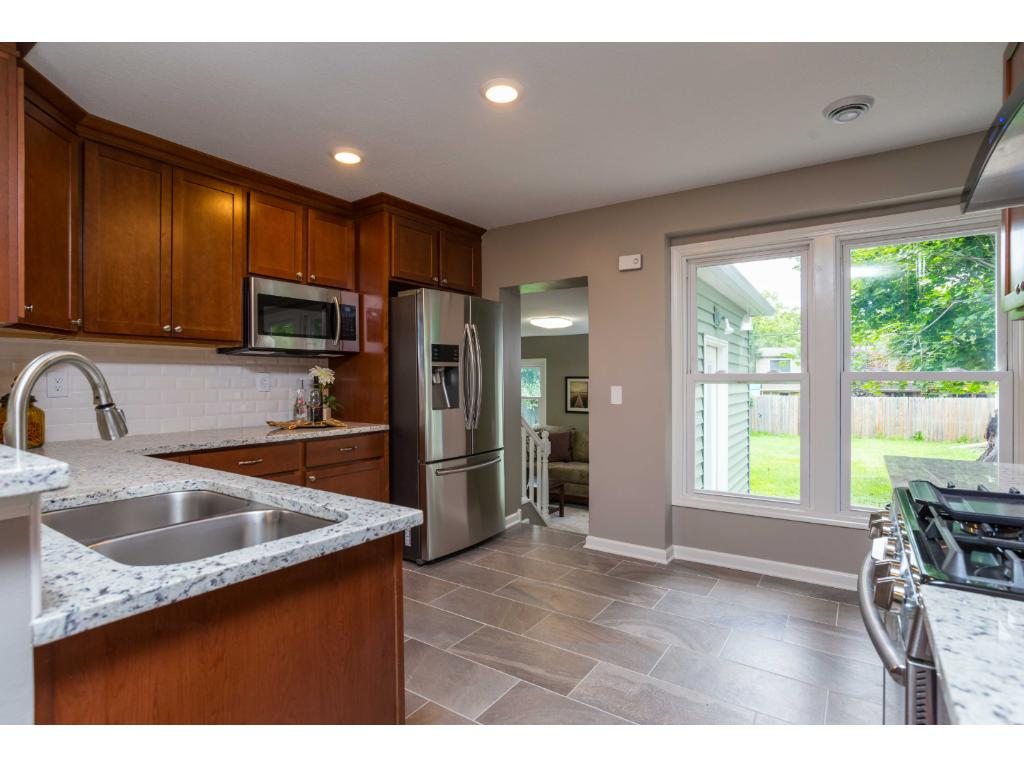 3235 Noble Avenue N, Golden Valley, MN 55422