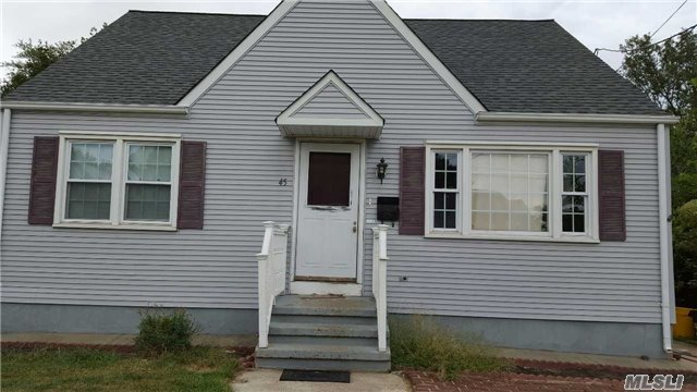 45 Rotunda Dr, Out Of Area Town, NJ 08160