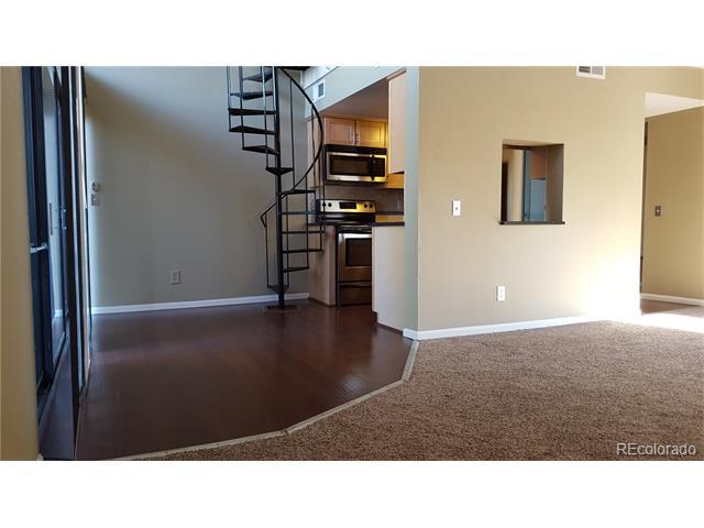 9797 E Peakview Avenue C10, Englewood, CO 80111
