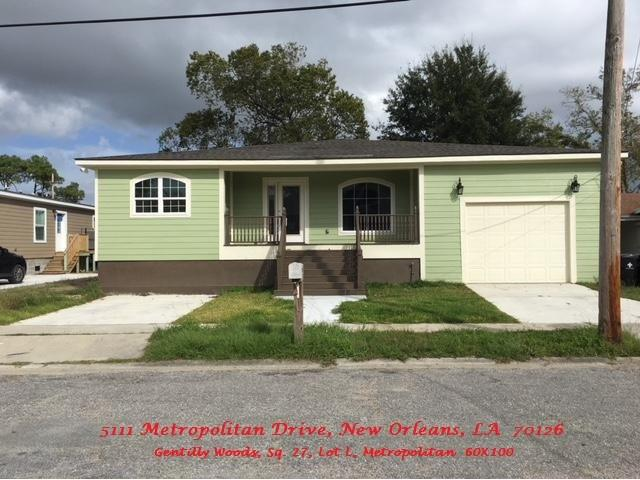 5111 METROPOLITAN Drive, New Orleans, LA 70126
