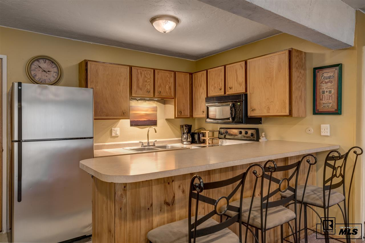2255 Storm Meadows Dr, Steamboat Springs, CO 80487